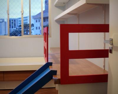 quarto-infantil-escorregador-bicama-escrivaninha
