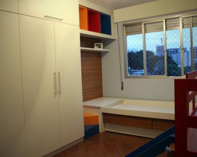 quarto-infantil-guarda-roupas-bicama-escorregador