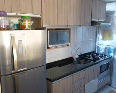 cozinha-pequena-vidro-branco