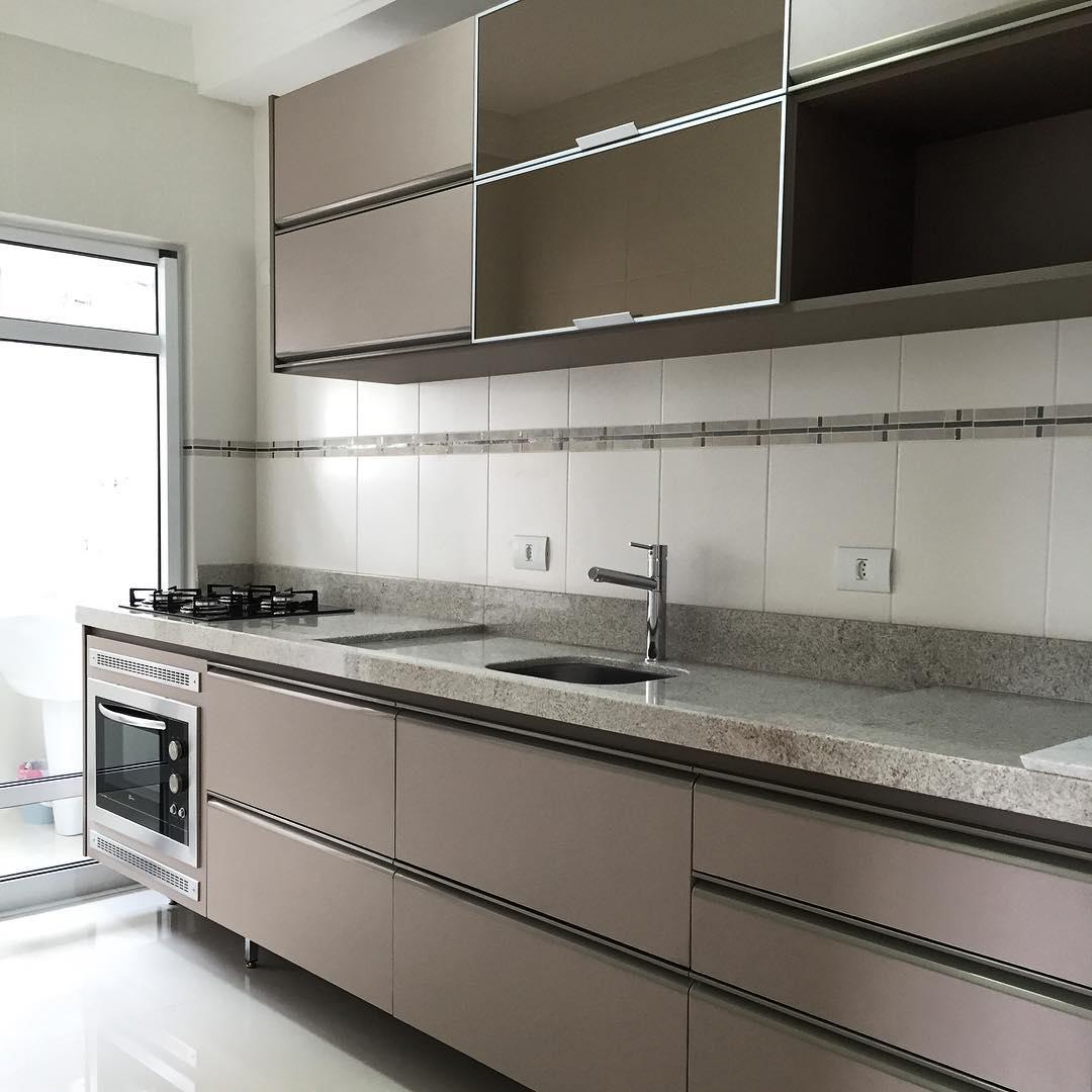 cozinha-granito-vidro-moderna